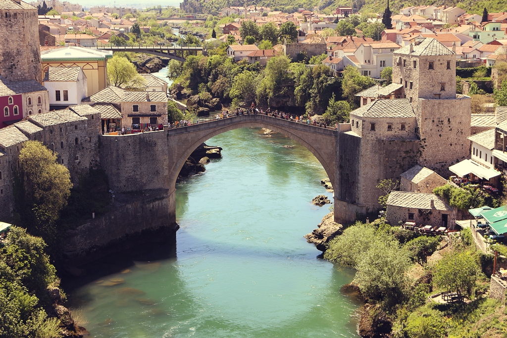 stari-most-panorama-mostar-bosnia-and-herzegovina