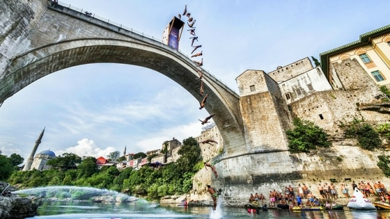 old-bridge-in-mostar-perfect-place-for-red-bull-cliff-diving