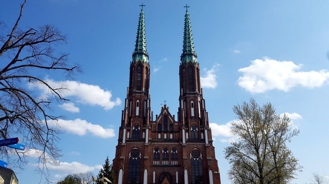 what to visit while in warsaw-min